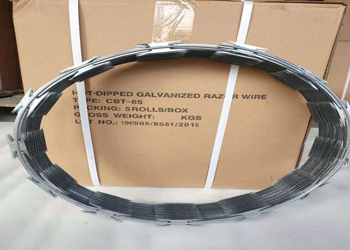 Regular Type CBT - 65 Concertina Wire , Razor Barbed Wire 4.5kg Per Roll